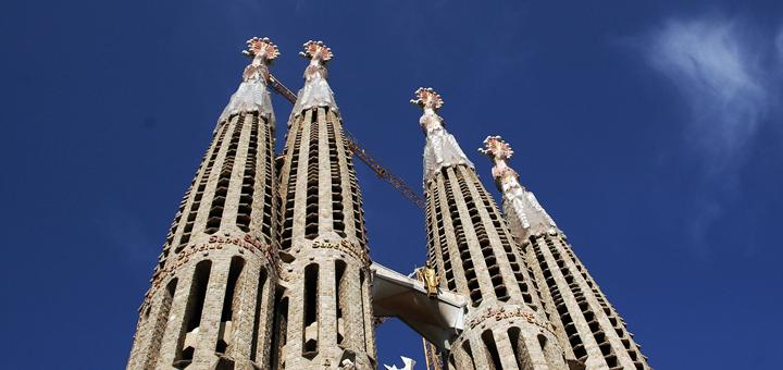 Deelnemers masterclass eerstelijns bestuurders leren tijdens studiereis Barcelona