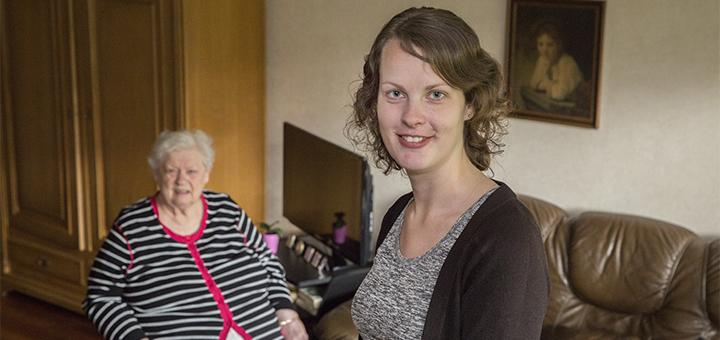 Actief contact tussen zorgverleners voor, tijdens en ná een ziekenhuisopname van ouderen