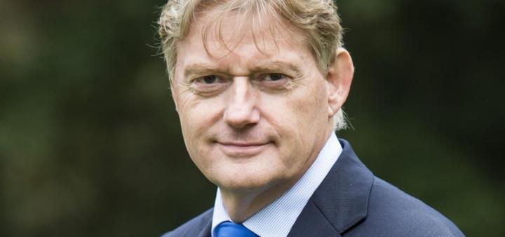 Van Rijn stelt mensen centraal in visie op langdurige zorg