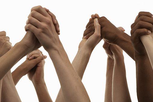 Handen ineen voor goede kankerzorg dicht bij huis
