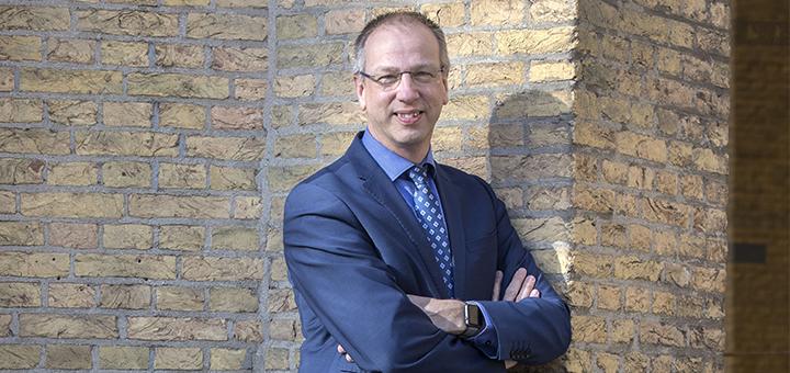 """Erik Dannenberg, Divosa: """"Door te denken vanuit de levensroute van de burger kunnen we problemen voor zijn"""""""