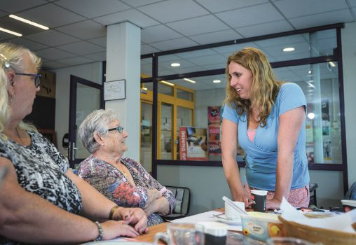 Sociaal werker logische partner huisarts en wijkverpleegkundige